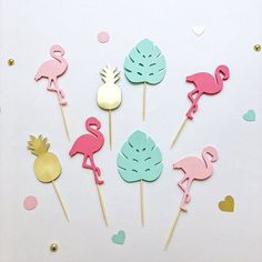 This Flamingo Cupcake Toppers Flamingo Pineapple Birthday Decorations Tropical Flamingo Baby Shower Flamingo Bachelorette Party Food Picks is just one of the custom, handmade pieces you'll find in our centerpieces shops. Hawaiian Party Decorations, Diy Birthday Decorations, Baby Shower Decorations For Boys, Cupcake Decorations, Flamingo Baby Shower, Flamingo Birthday, Flamingo Party, Art Party Cakes, Bachelorette Party Food