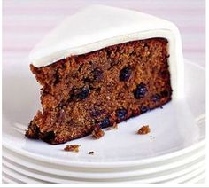 When it comes to fruit cake it is one of those recipes that reminds me so much of Christmas , and with this cake it does just that , wonderful flavours