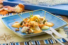 Meeresfrüchteragout mit Spargelravioli und Krebsschaum