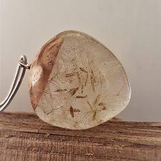 Bekijk dit items in mijn Etsy shop https://www.etsy.com/nl/listing/577291893/heldere-epoxy-hanger-met-paardebloem