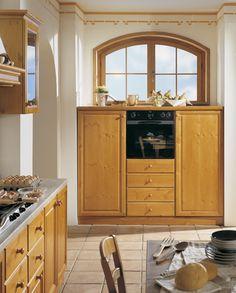 Cucine componibili e personalizzabili in pino massello. Produzione ...