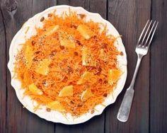 Carottes râpées aux oranges, raisins secs et graines de sésame : http://www.fourchette-et-bikini.fr/recettes/recettes-minceur/carottes-rapees-aux-oranges-raisins-secs-et-graines-de-sesame.html-0