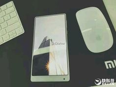 Le Xiaomi Mi MIX sans bordures existe également en blanc avec son écran 2K - http://www.frandroid.com/marques/xiaomi/386262_le-xiaomi-mi-mix-sans-bordures-existe-egalement-en-blanc-avec-son-ecran-2k  #Smartphones, #Xiaomi
