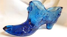 "Vintage Fenton Art Glass Cobalt Blue Embossed Roses Shoe Slipper Description Fenton Art Glass Prelogo Embossed Roses Cobalt Blue Shoe that measures 6 1/2"" inches. No logo, and is in Excellent Condition, no nicks chips or cracks. Made in USA!...."