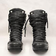 Men's black Boots | Beats 'n Boots | blog.denibeat.com | Blog by singer Deni Beat