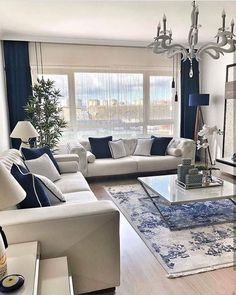 9 Best Living Room Lighting Ideas - Home Bigger Blue Living Room Decor, Elegant Living Room, Home Living Room, Blue And White Living Room, Home Room Design, Home Interior Design, Living Room Designs, Room Interior, Living Room Inspiration