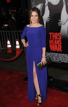 Sophia Bush attended the Los Angeles premiere of This Means War in this gorgeous cobalt blue, Olcay Gulsen dress featuring three-quarter length sleeves and daring central split.