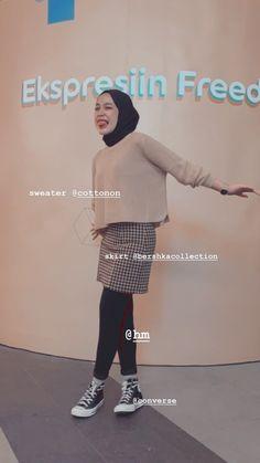 Stylish Hijab, Casual Hijab Outfit, Ootd Hijab, Casual Fall Outfits, Street Hijab Fashion, Workwear Fashion, Model Baju Hijab, Hijab Fashion Inspiration, Hijabs