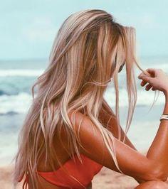 Photo extraite de 3 recettes pour éclaircir ses cheveux naturellement sans passer par la case Miami ! (10 photos)