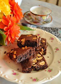 Yummy brownies with cajus!