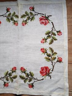 Lovely floral cross stitch embroidered tablecloth/doily in