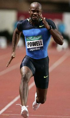 Asafa Powell corrent als 100 metres a Lagardere. Carl Lewis, Sports Celebrities, Black Celebrities, Usain Bolt Photos, Asafa Powell, Jet Shoes, Martial Arts Training, Fastest Man, Sport Icon