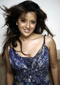 Are you looking for the greatest actresses of Indian Cinema? Here is a list of 100 Most Popular Bollywood actresses of all time selected from Beautiful indian actress of Hindi movies and South Indian films. Celebrity Bra Sizes, Russian Beauty, Celebrity Wallpapers, Beautiful Indian Actress, Celebs, Celebrities, Indian Beauty, Bollywood Actress, Indian Actresses
