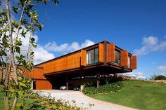 """Bernardes & Jacobsen: """"Casa Très Chic"""" Secret Affair   """"Uma moradia é um projeto de vida, não sómente um projeto de arquitetura."""" Graziela Arruda, arquiteta...."""