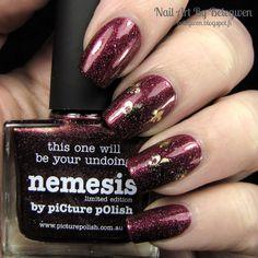 Picture pOlish - Nemesis wiht decals form MiNails(.fi).