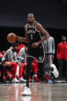 Los Angeles Clippers, Los Angeles Lakers, Houston Rockets Game, Durant Oklahoma, Kevin Durant Basketball, 2017 Nba Finals, Durant Nba, Giant People, Kevin Love