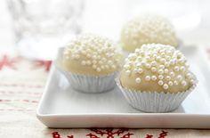 Nice alternative to cake balls.  No bake.