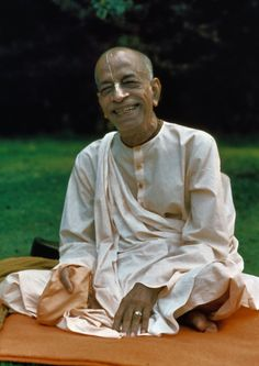 Dandavats | Offering to Srila Prabhupada