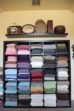 Blanket prop stash