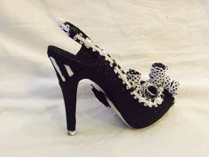 Black and white - glitter shoe. Krewe of Muses 2016.