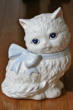 Vintage White Long Haired Cat Cookie Jar Large Blue Bow Eyes 70's British | eBay