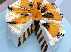 Nebudeme si nalhávat, že tenhle dort patří vysloveně mezi dietní. Na druhou stranu je pro nás, kteří rádi mlsáme určitou šancí, že prospějeme alespoň trochu tělu přísunem vitamínů. Teď je v obchodech pomerančů pořád dost, zkusme právě z nich udělat dort pro labužníky…