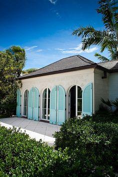 Beach House Providenciales style (Turks  Caicos)