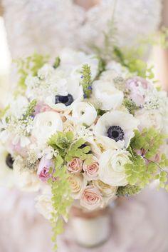 romantic bouquet   KLK PHOTOGRAPHY   Glamour & Grace