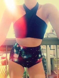 I wanna make this top! Swimsuits For Teens, Plus Size Swimsuits, Cute Swimsuits, Cute Bikinis, Summer Bathing Suits, Cute Bathing Suits, Summer Suits, Summer Wear, Galaxy Outfit