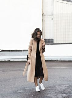 Adidas Superstar, Lindex Camel Coat & Lace Midi