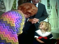 Yes, Grandma ma Endora Bewitched, Erin Murphy, Agnes Moorehead, Elizabeth Montgomery, Comedy Show, Classy, Actresses, Memories, Elegant