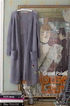 1412: Modell 5 Lang jakke med lommer #Silk #knit #strikk