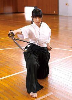居合道 Iaido THE SHARPNESS OF YOUR WORDS CUTS MY HEART AS THE SHARPEST KATANA.