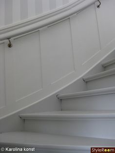 trappräcke 20-tal - Sök på Google Interior Design Living Room, Interior Decorating, Shine The Light, Trim Work, House Stairs, Stairways, Outdoor Decor, Hallway Ideas, Home Decor
