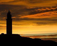 El faro de A #Coruña la @torrehercules cumple 7 años como Patrimonio de la Humanidad.  #7aniversariopatrimoniomundial