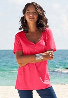 73047b905b3 Ultimate Tee with Sweetheart Neckline  18.99 Tees For Women