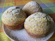Makové muffiny s překvapením Desert Recipes, Baked Potato, Hamburger, Cake Recipes, Sweets, Bread, Cookies, Baking, Breakfast