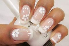 Modelo de unhas decoradas usando flores e francesinha tutorial de uñas deco Frensh Nails, Nail Manicure, Acrylic Nails, French Nail Art, French Tip Nails, French Polish, French Manicures, Impress Nails, Bridal Nails
