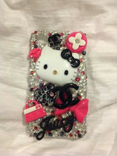 Hello Kitty<3