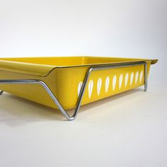Vintage White Lotus on Yellow Enamelware Roasting Pan with Carrier from AttysVintage $59 - so lovely!!!