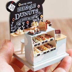 Dolls House Miniatura Stand di tartine