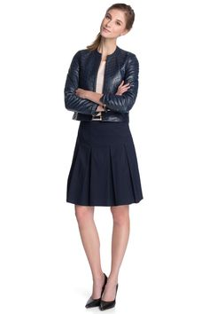 Esprit - stretch pleated skirt + belt at our Online Shop
