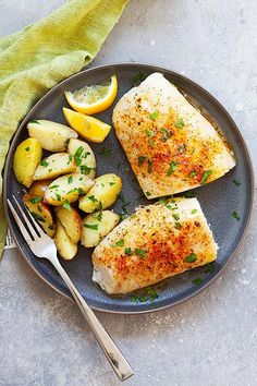 Bake cod is one of the best cod recipes. Cod Fillet Recipes, Cod Fish Recipes, Baked Cod Recipes, Tilapia Recipes, Seafood Recipes, Cooking Recipes, Healthy Recipes, Dinner Recipes, Dinner Ideas