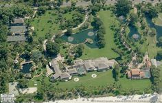 Mansions From Above - Exclusive Aerial Views Of Mega Mansions Mega Mansions, House Viewing, Hollywood Homes, Life Happens, Celebrity Houses, Our World, Aerial View, Billionaire, My House