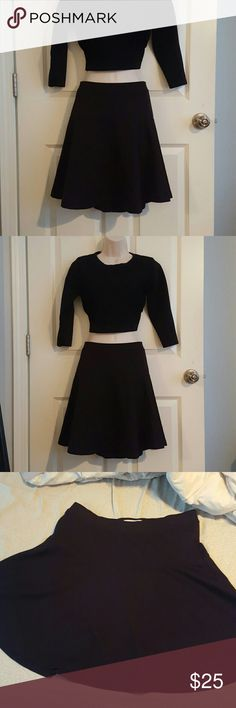 """Old Navy Black Circle Skater Skirt Elastic waist and a thicker cotton material. It's a very sturdy,  not flimsy skirt,  that looks great with anything! Never worn by me  my loss is your gain! This is a staple item to have in your closet! Length: Front elastic to bottom is 18"""". Back elastic to bottom is 20"""". It is work appropriate! Elastic can be rolled a couple times without being noticed to make shorter! Old Navy Skirts Circle & Skater"""