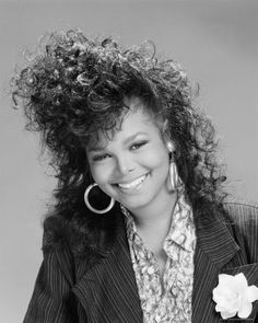 1980 hairstyles for women hairstyles and janet jackson . Janet Jackson, Michael Jackson, Natural Hair Styles, Short Hair Styles, The Jacksons, Hairstyles With Bangs, 1980s Hairstyles, Black Hairstyles, 80s Haircuts