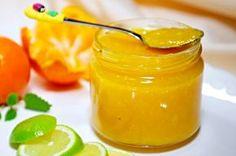 Tento exotický džem skvěle vypadá, úžasně chutná a ještě je plný vitamínů! Jde vyrobený z dužiny mandarinek, limetkové šťávy a kůry, rumu, cukru a želírovacího prostředku. Home Canning, Preserves, Herbalism, Food And Drink, Honey, Smoothie, Homemade, Drinks, Health