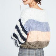 Knitwear Fashion, Knit Fashion, Mohair Cardigan, Knitting Designs, Wool Sweaters, Pulls, Diy Clothes, Hand Knitting, Vogue Knitting