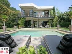 Nicole Kidman/Keith Urban Beverly Hills house (built in the 60s)