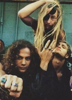 Jerry Cantrell, Mike Starr (RIP), Layne Staley (RIP)